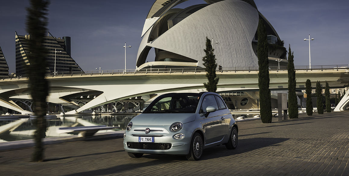 Fiat 500 toob sel aastal turule enda esimese hübriidmudeli
